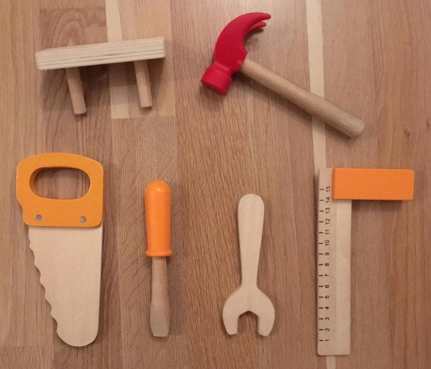 Kinderwerkzeug aus Holz
